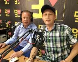 На вопросы нижнекамской молодежи в эфире DFM-Нижнекамск ответил мэр города